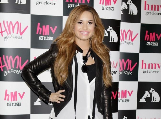 Demi Lovato : elle vit très mal la relation de son ex, Wilmer Valderrama, avec la belle Minka Kelly !