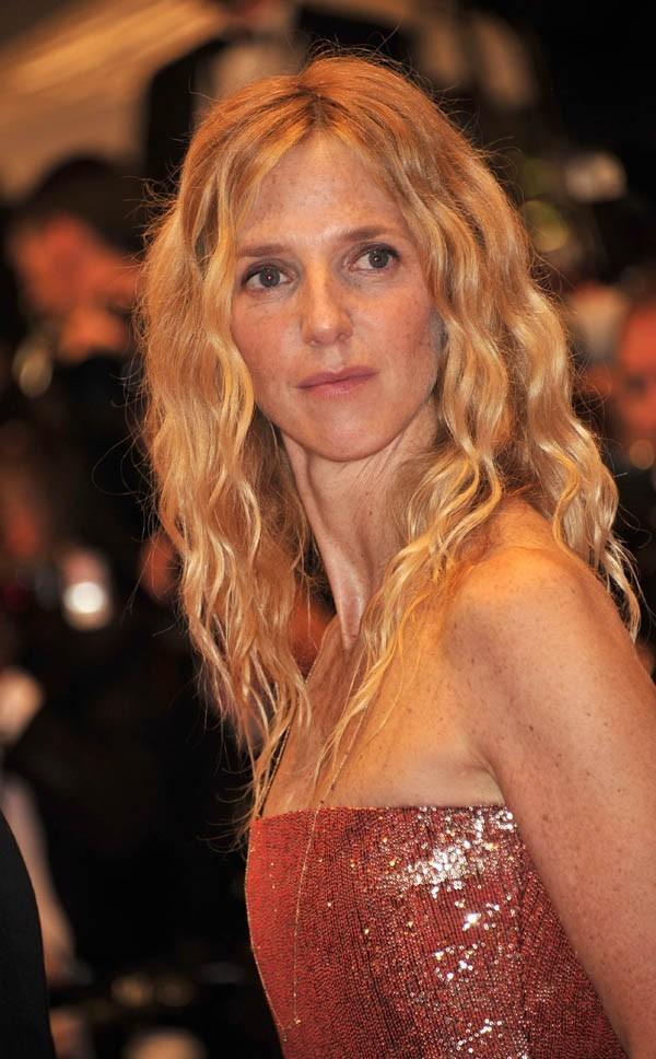 Sandrine Kiberlain, pas très souriante !