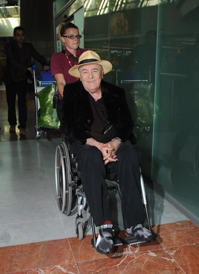 Bernardo Bertolucci est un grand du cinéma. Sa présence à Cannes est un honneur. Et son panama est juste génial !
