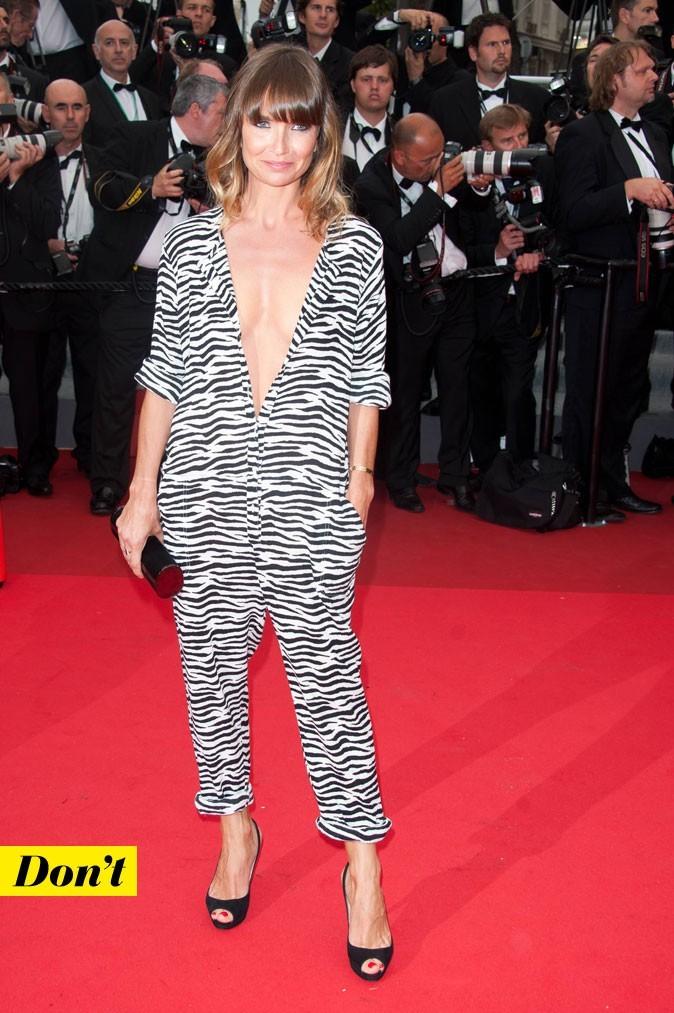 Festival de Cannes 2011 : la combinaison zébrée d'Axelle Laffont