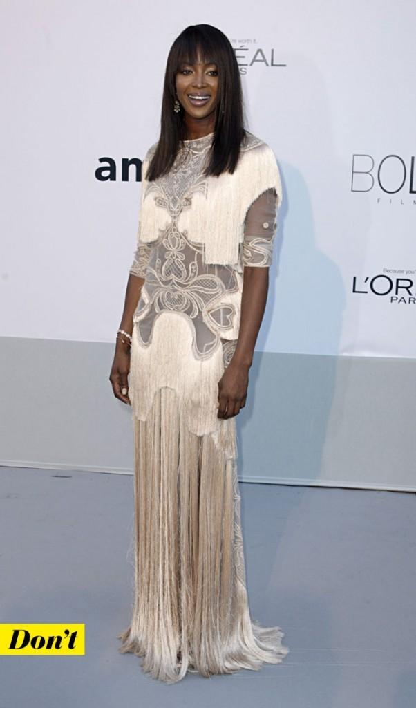 Festival de Cannes 2011 : la robe blanche tendance rétro de Naomi Campbell