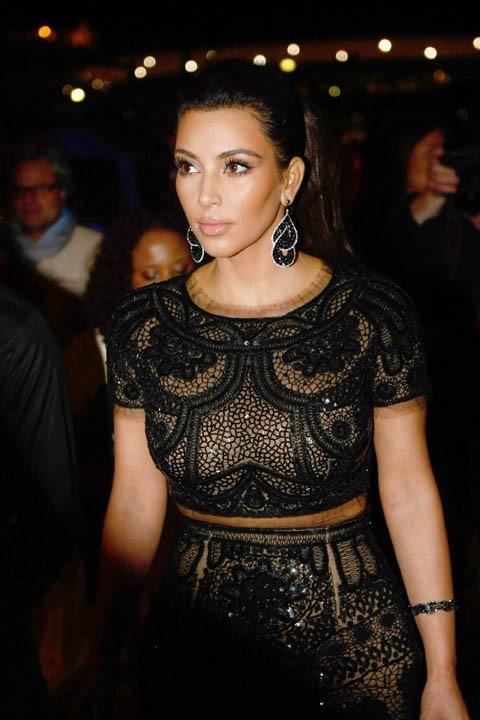Du noir pour Kim !
