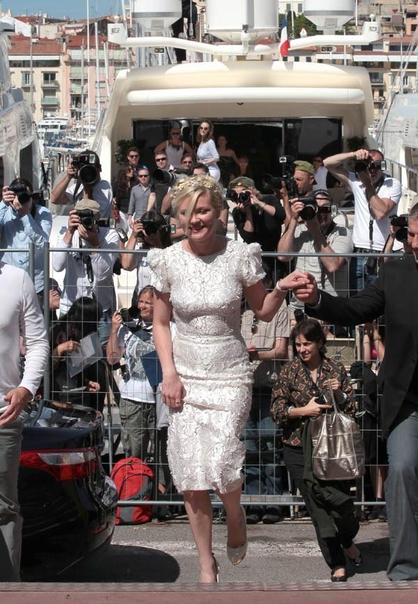 Kirsten Dunst au photocall de Sur la Route au Festival de Cannes 2012