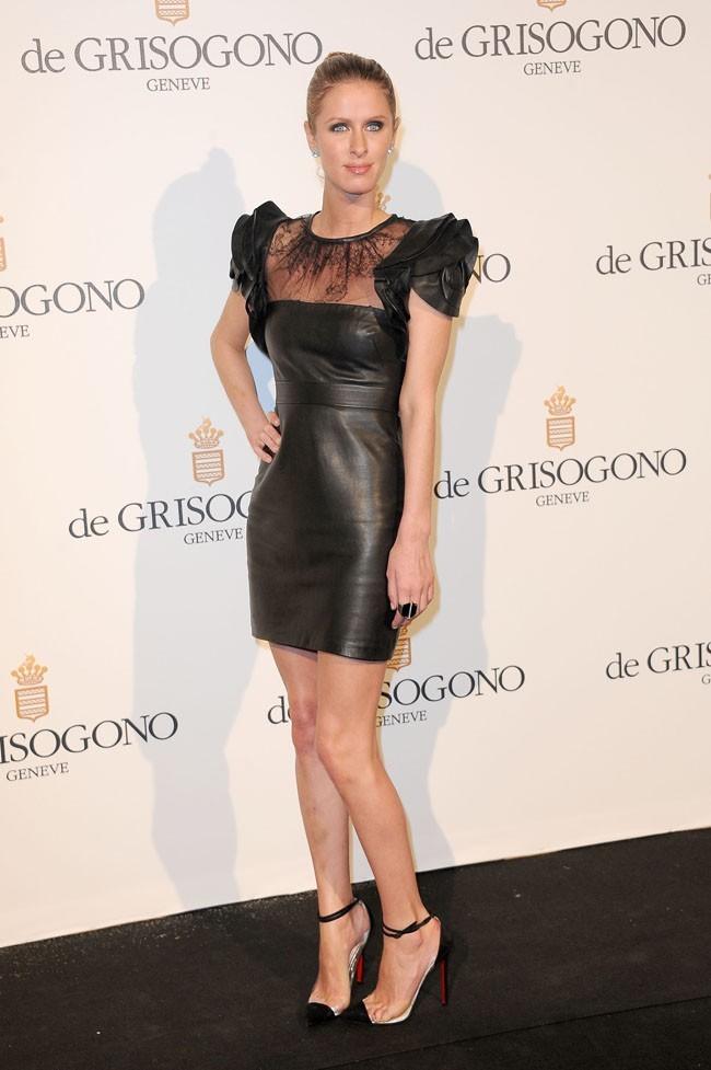 Nicky Hilton, toujours aussi accro aux petites robes noires...