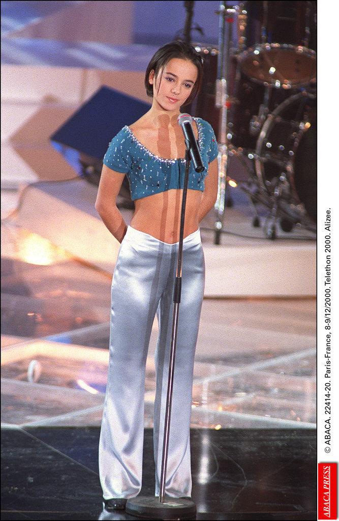 Alizée lors du Téléthon en décembre 2000