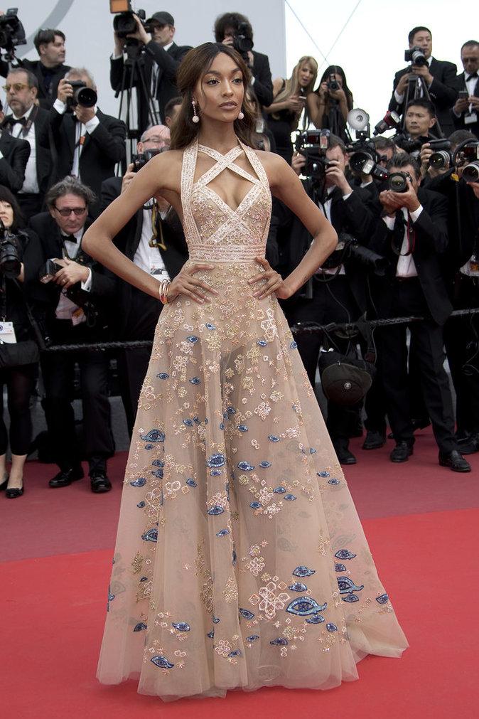 Jourdan Dunn en robe Elie Saab - Cannes, le 22 mai 2017