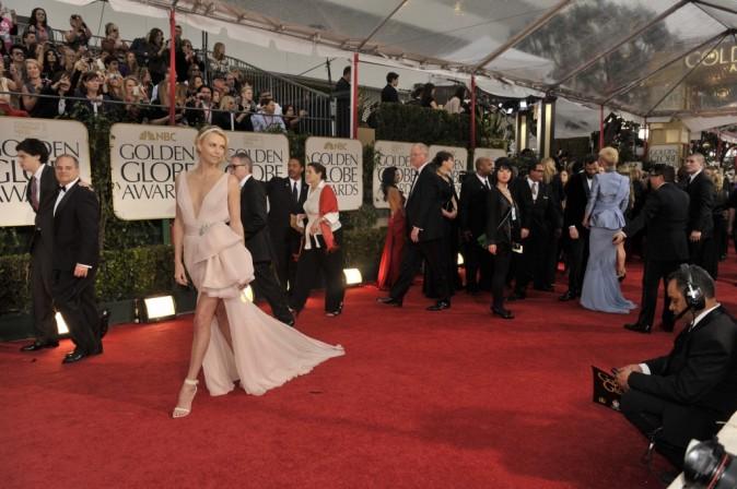 Charlize Theron lors de la cérémonie des Golden Globes 2012 à Beverly Hills, le 15 janvier 2012.