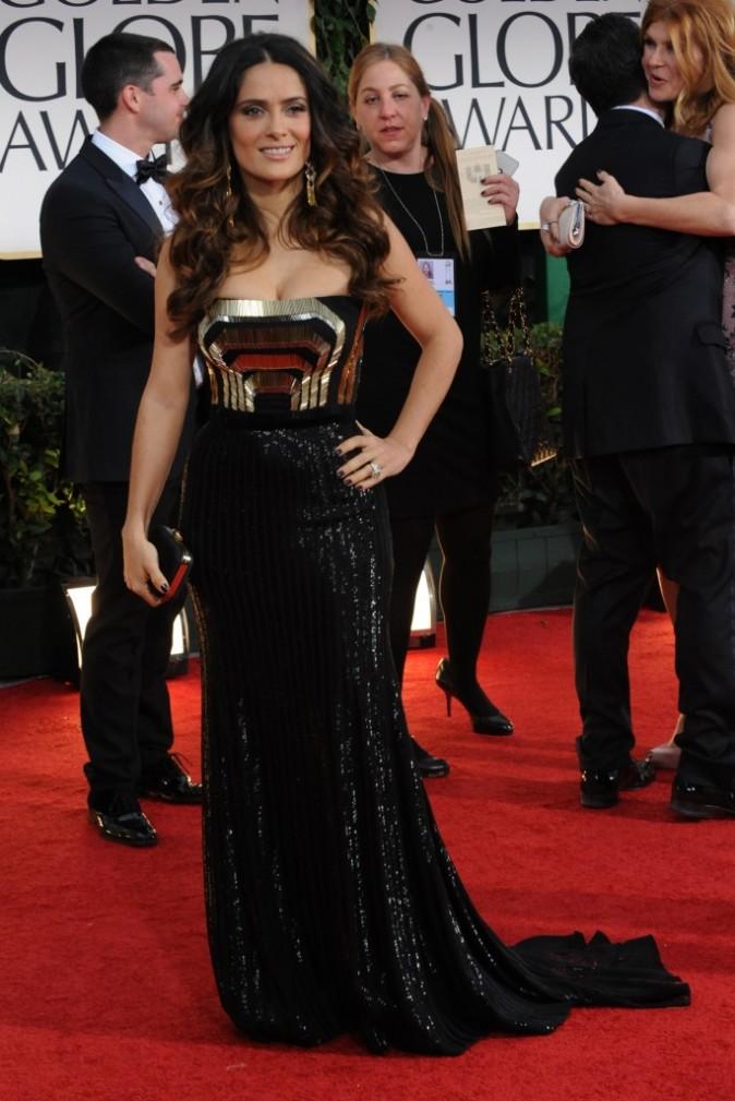 Salma Hayek lors de la cérémonie des Golden Globes 2012 à Beverly Hills, le 15 janvier 2012.