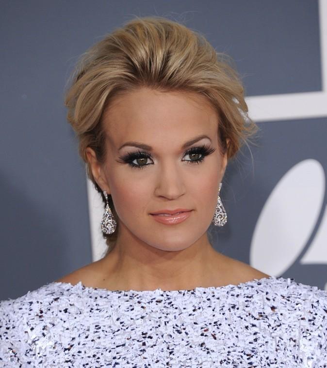 Carrie Underwood : Sublime avec son chignon volumineux