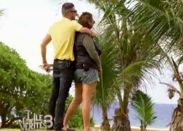 Raphaël et Aurélie se rapprochent
