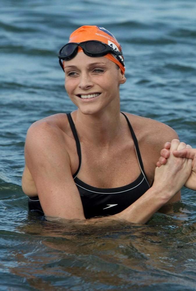 Photos : Charlene Wittstock a mis le feu aux poudres en laissant tomber la natation