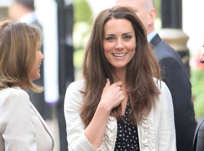 Kate Middleton : une semaine après son mariage princier, elle va au supermarché !
