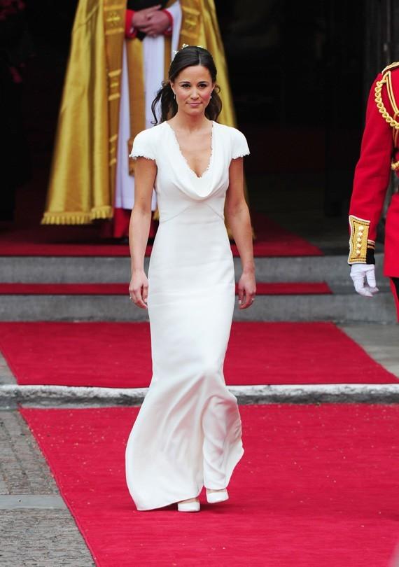Pippa Middleton, plus belle que Cameron dans sa robe Alexandeer McQueen ?
