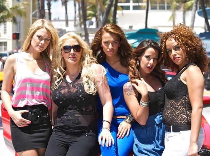 Les Anges de la télé-réalité 2 : les filles et les garçons dansent sur Lady Gaga puis vont jouer au beach volley !