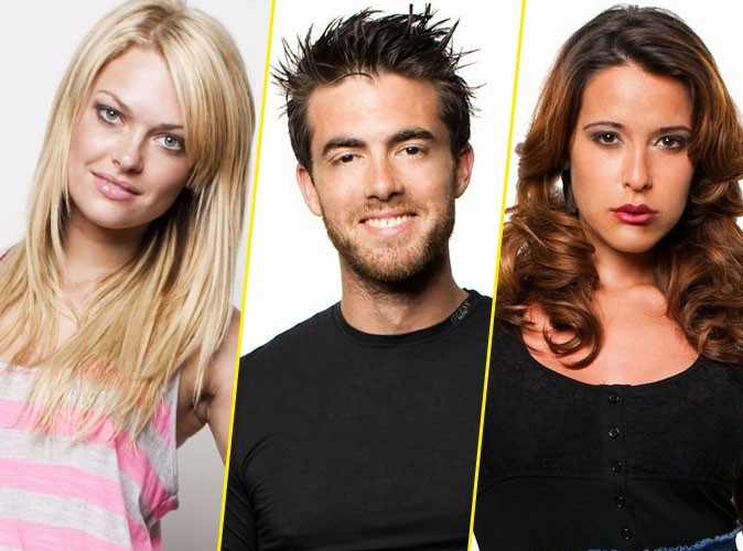 Les Anges dela télé-réalité 2 : Premiers baisers pour Jonathan et Caroline... Daniela est folle de rage !