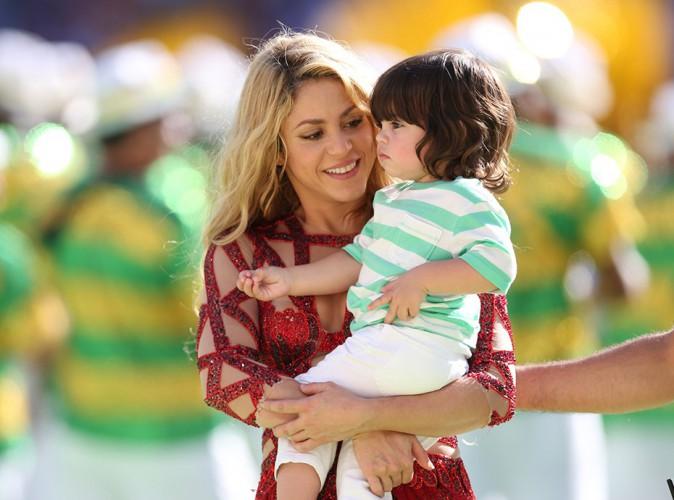 Mondial 2014 : Shakira : accompagn�e de son adorable petit bout, elle a mis le feu au stade Maracan� !