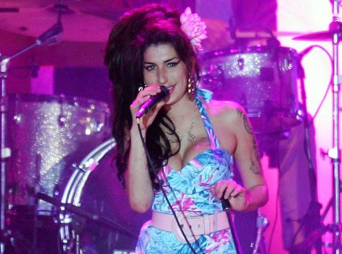 Amy Winehouse : Back to Black explose les charts US !