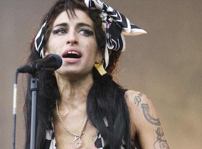 Amy Winehouse : elle s'achetait 1000 euros de drogue par jour !