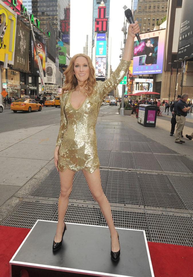 Céline Dion en statue de cire à Time Square, octobre 2013