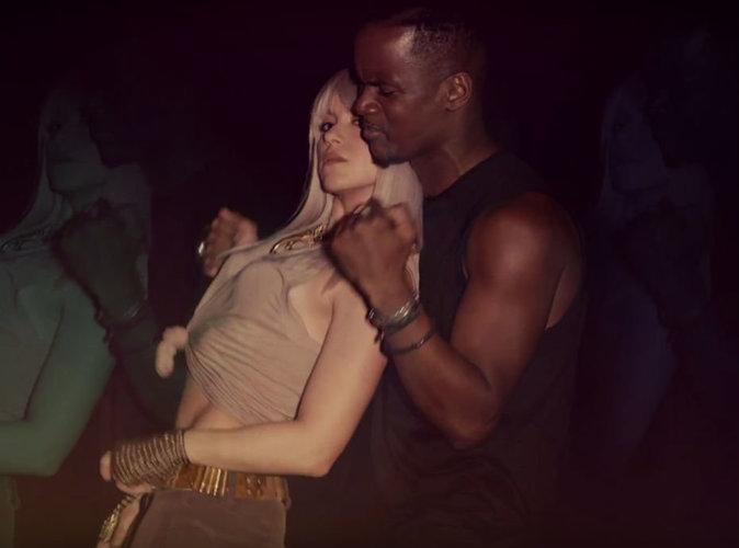 Shakira : très très chaude dans le dernier clip de Black M !