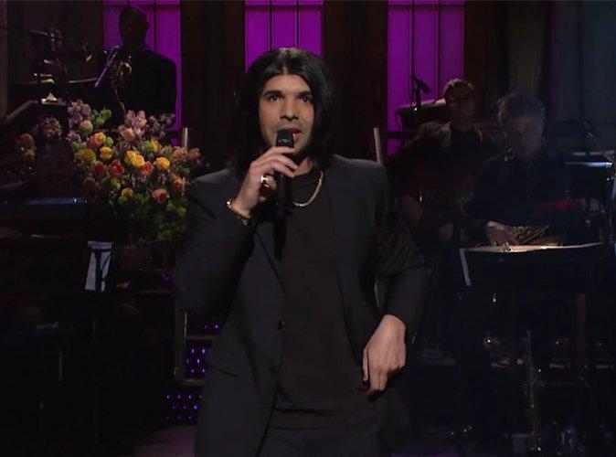 SNL : Drake imite Rihanna et balance un petit message au passage !