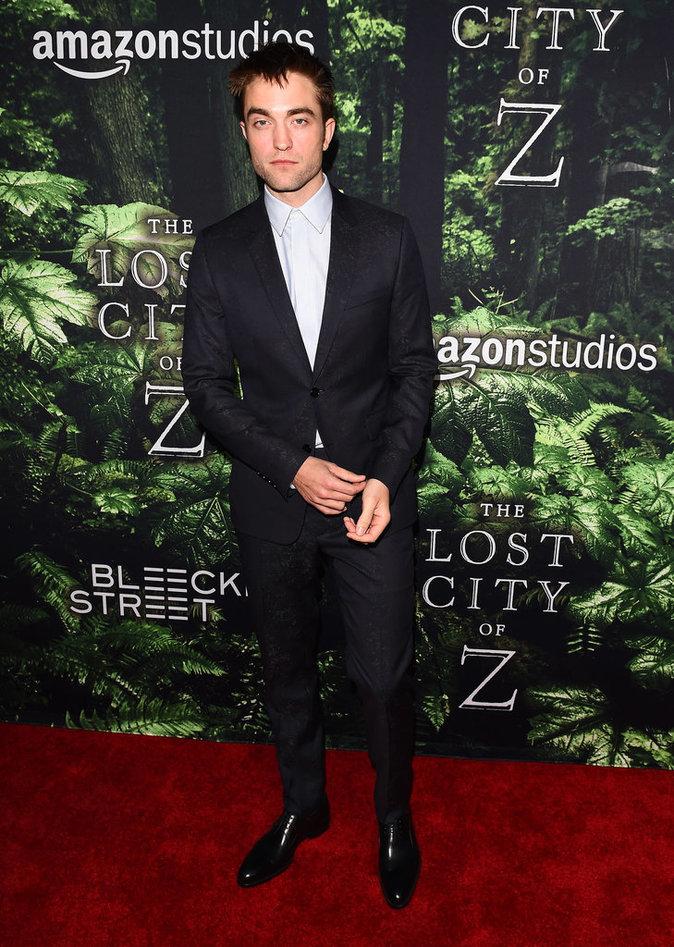 Robert Pattinson : L'acteur est complètement méconnaissable !