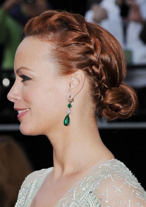Berenice Bejo : Mention spéciale pour cette tresse bandeau retenue par un petit chignon