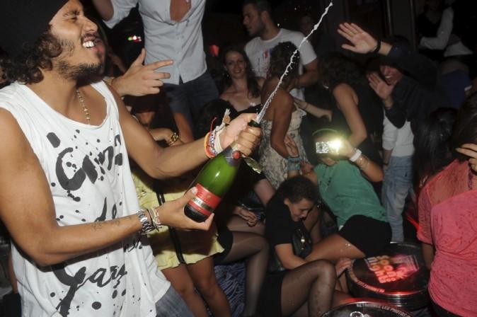 Le champagne coule à flots !