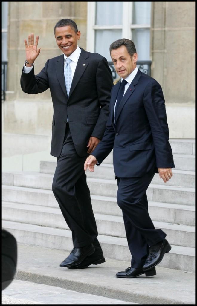 En juillet 2008 : des chaussures noires, comme celles de Barack Obama