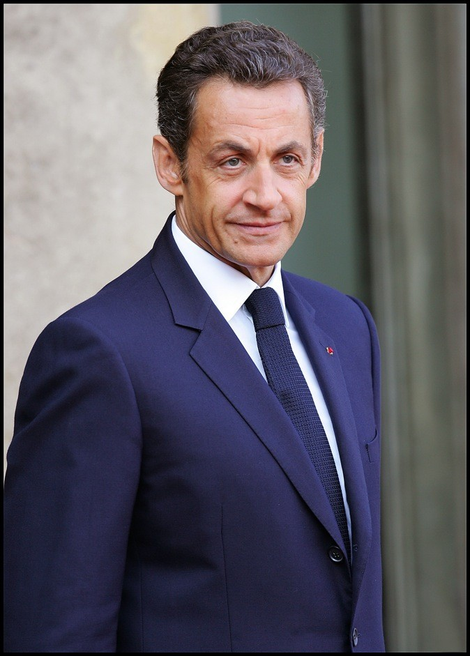 looks de nicolas sarkozy d couvrez son volution fashion. Black Bedroom Furniture Sets. Home Design Ideas