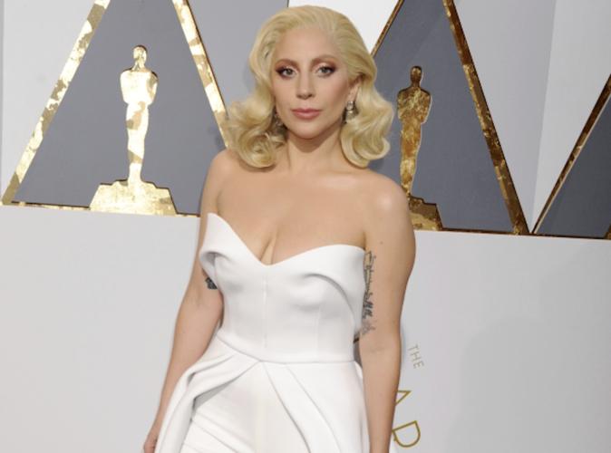 Public Buzz : Fan de Lady Gaga, il gagne à la loterie et dépense sa fortune pour son idole…