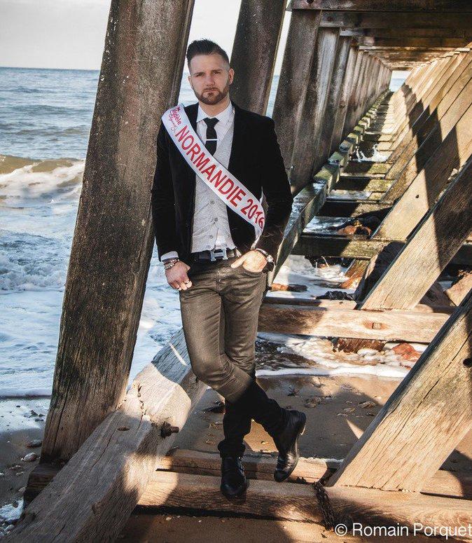 NORMANDIE – Florian Jouanne – 27 ans – 1,87m – Directeur de magasin