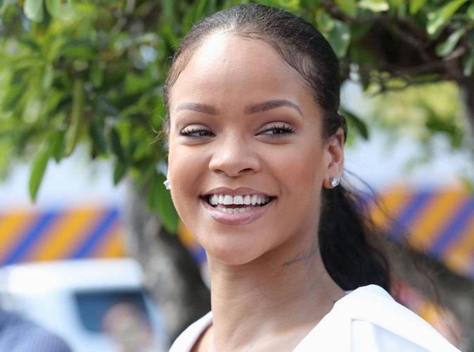 Rihanna relooke la reine d'Angleterre et s'attire les foudres des internautes !