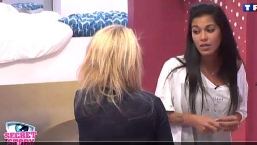 Elle explique à Sabrina qu'elle ne fera plus de cadeaux...