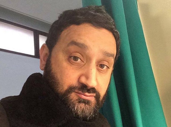 cyril hanouna qui r verait il d 39 interviewer. Black Bedroom Furniture Sets. Home Design Ideas