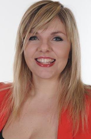 Cécile, catégorie des plus de 25 ans : une forte personnalité et une voix puissante !
