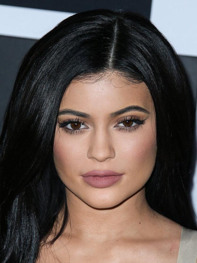 Kylie Jenner n'a pas une peau acnéique