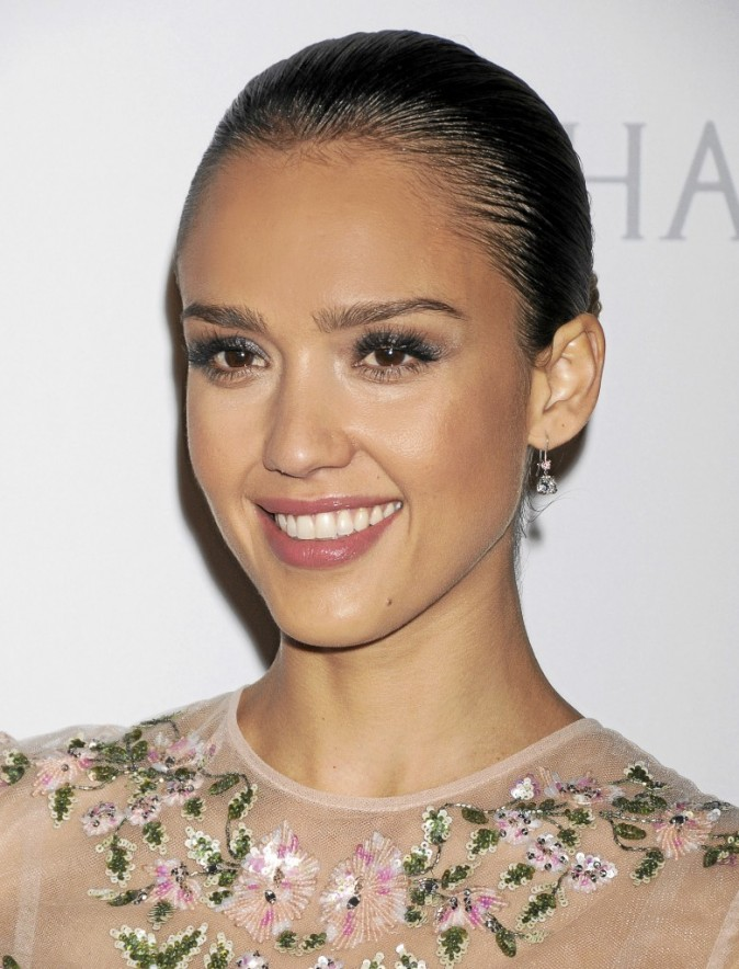 Beauté de Jessica Alba : comment réaliser son make-up ?
