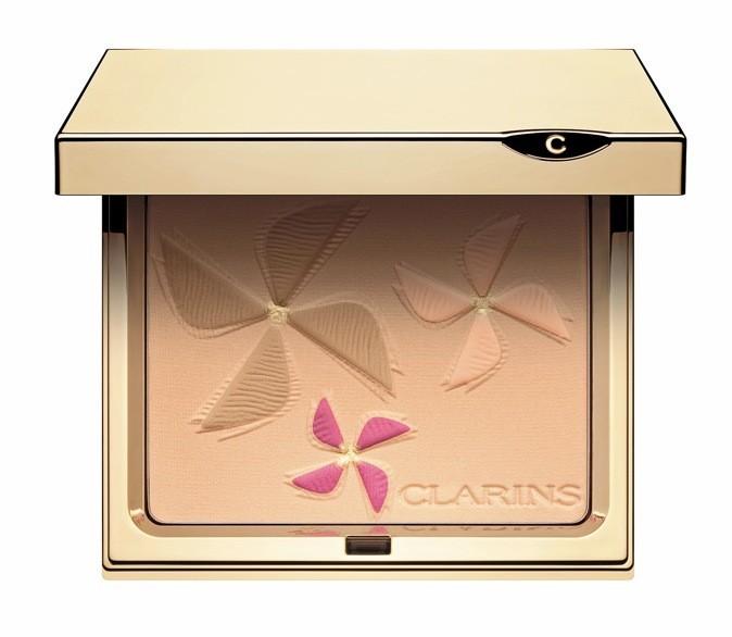 La poudre teint et blush, Color breeze, Clarins. 37,90€