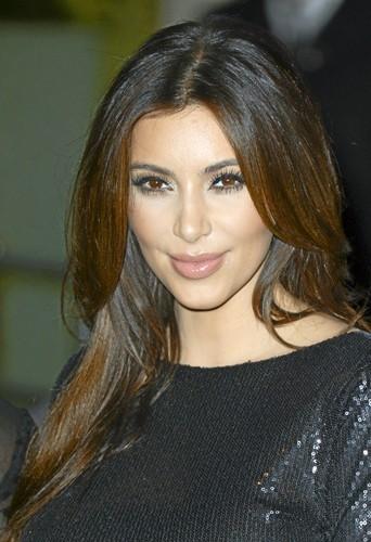 Kim Kardashian : entièrement épilée !