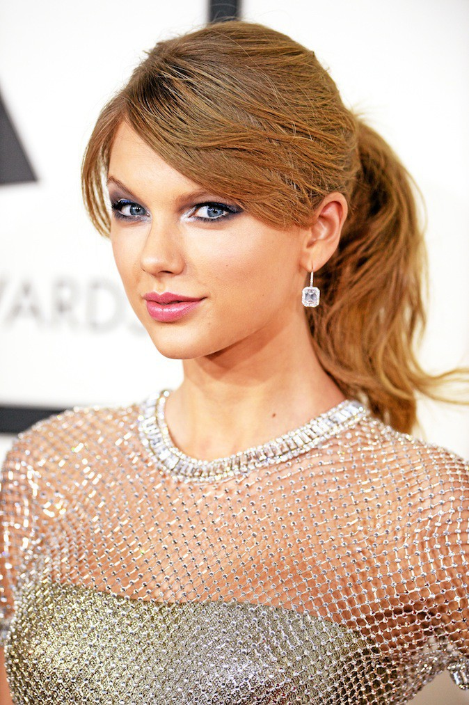 Taylor Swift et son make-up glitter !
