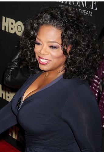 Oprah Winfrey : un joli 95 D !
