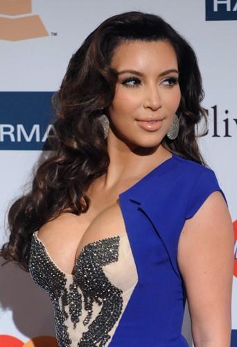 Un 95 G naturel pour la future maman Kim Kardashian !