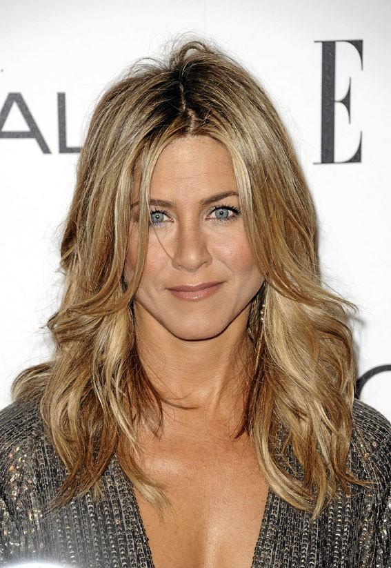 Un teint unifié comme Jennifer Aniston