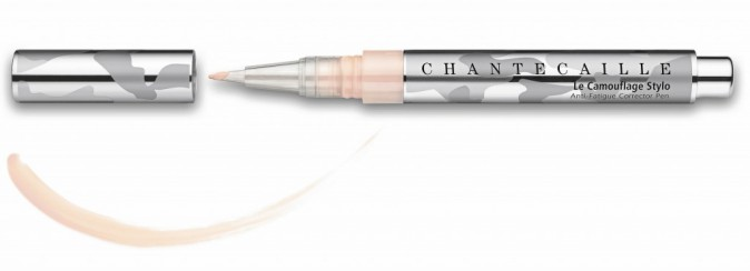 JE CORRIGE : Le Camouflage Stylo, Chantecaille 48 €