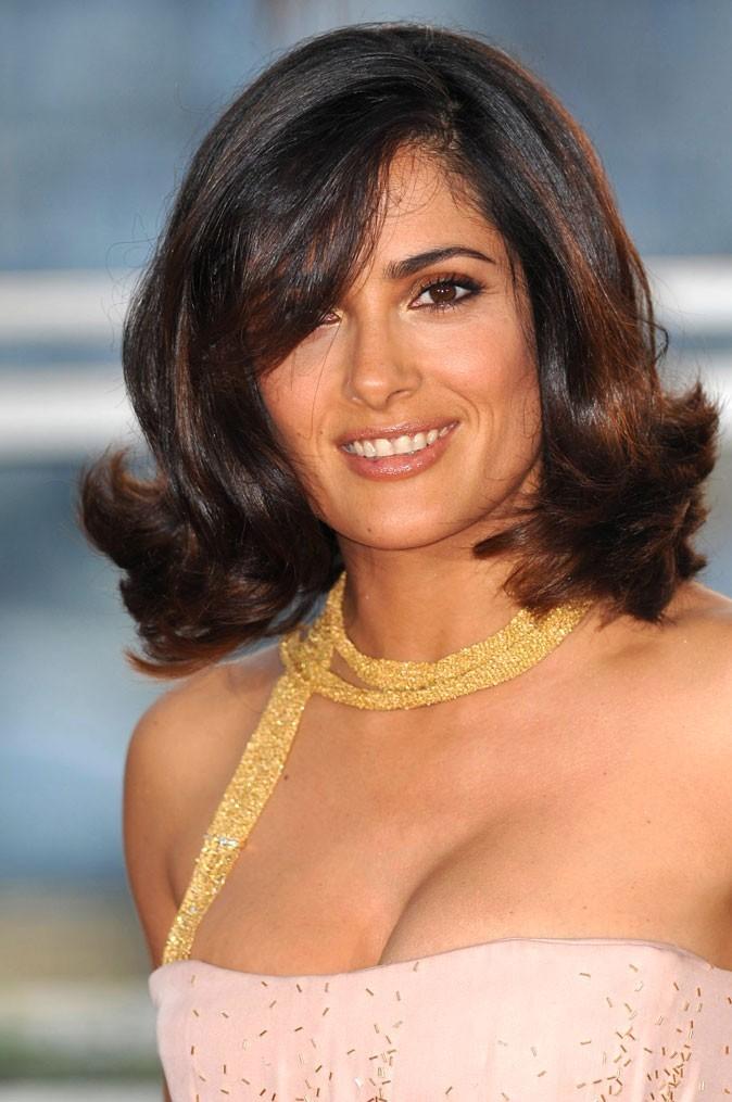 Festival de Cannes 2011 : la coiffure brushing rétro de Salma Hayek en 2010 !