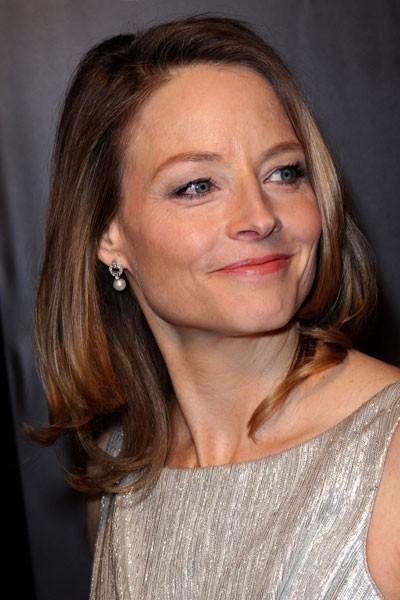 Coiffure César 2011 : le brushing naturel de Jodie Foster