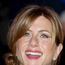 Jennifer Aniston : une coiffure chignon en février 2004