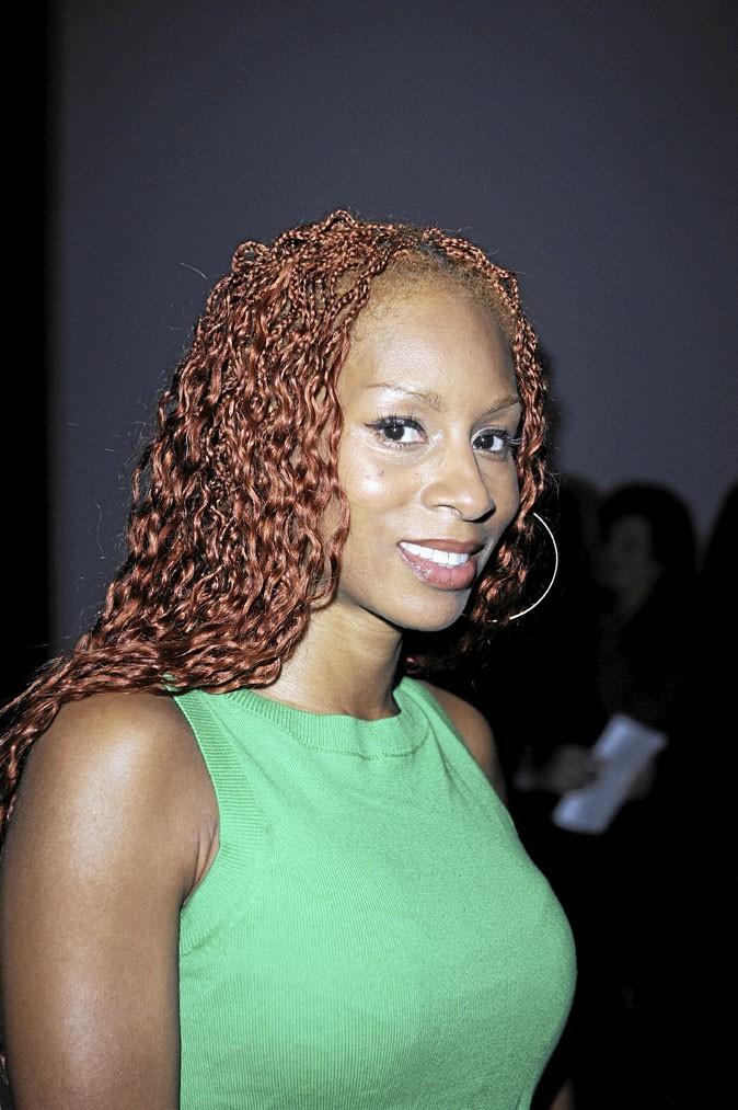 Cheveux afro : la coiffure bouclée et tressée de Mia Frye