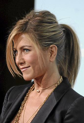 Coiffure : la queue-de-cheval casual de Jennifer Aniston